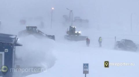 Снежный циклон накрыл сразу несколько регионов востока России