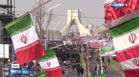 Иран отметилДень Исламской революции