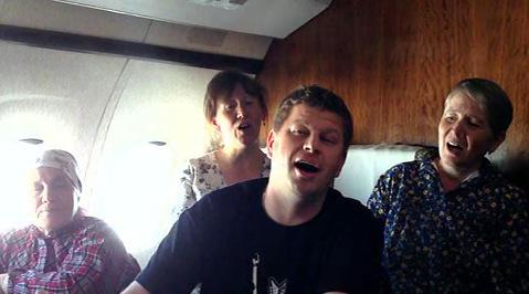 Евровидение-2012. Бабушки возвращаются домой с песнями