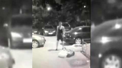 Молодой москвич дважды пырнул оказавшуюся на пути пенсионерку