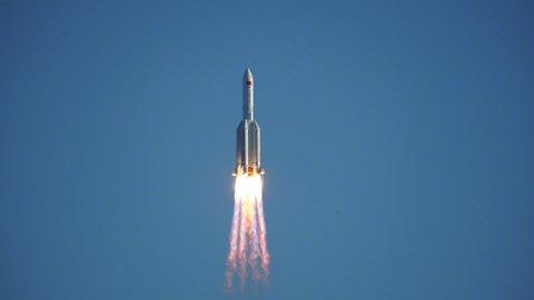 Отработавшая ступень китайской ракеты упала в акватории Индийского океана