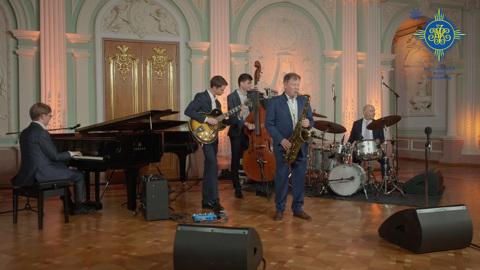 Новогодний концерт Игоря Бутмана