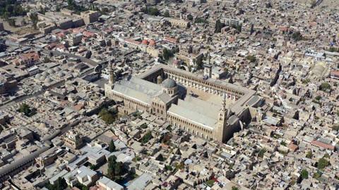 Без права на ошибку. Рождественский визит в Дамаск. В Дамаске Путин сразу увидел, что жизнь восстанавливается