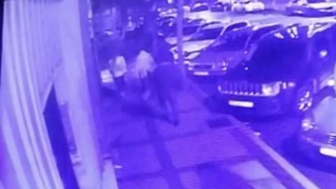 ЧП. Вооруженный ножом мужчина напал на компанию россиян в Стамбуле