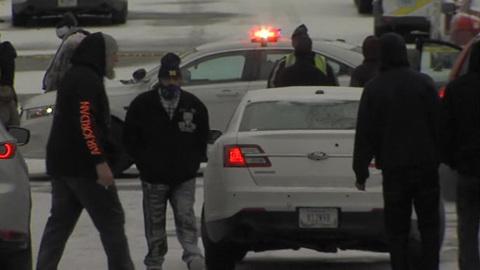 """Новости на """"России 24"""". Полиция Индианаполиса задержала подозреваемого в массовом убийстве"""