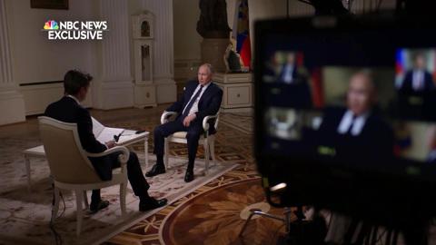 Путин заявил, что привык к атакам со всех сторон