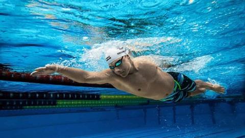 Российские пловцы вышли в финал эстафеты 4х200 м кролем