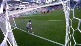 Гарри Кейн забивает с пенальти