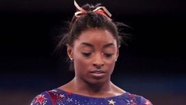 Гимнастка США Байлз отказалась от индивидуального многоборья