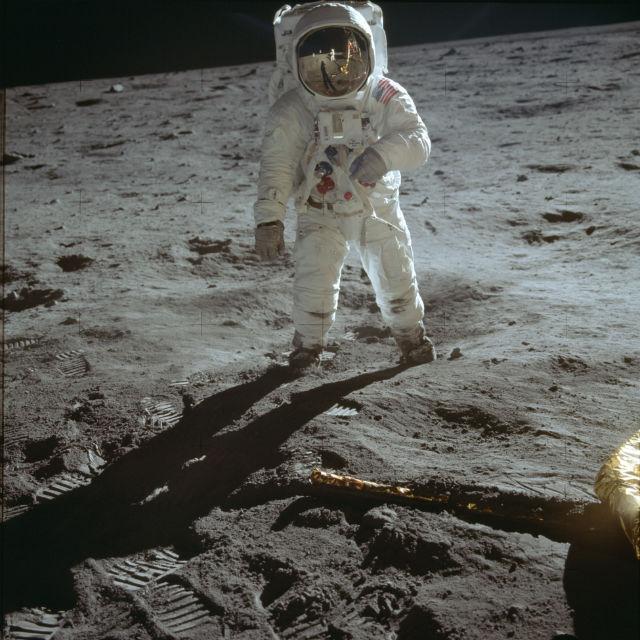 """Знаменитый портрет Эдвина Олдрина в скафандре на поверхности Луны. Миссия """"Аполлон-11"""", 1969 год"""
