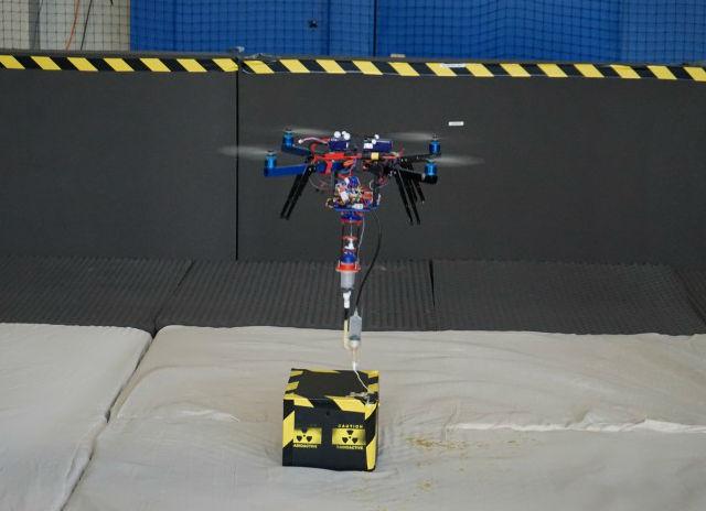 В игру вступает гексакоптер с платформой