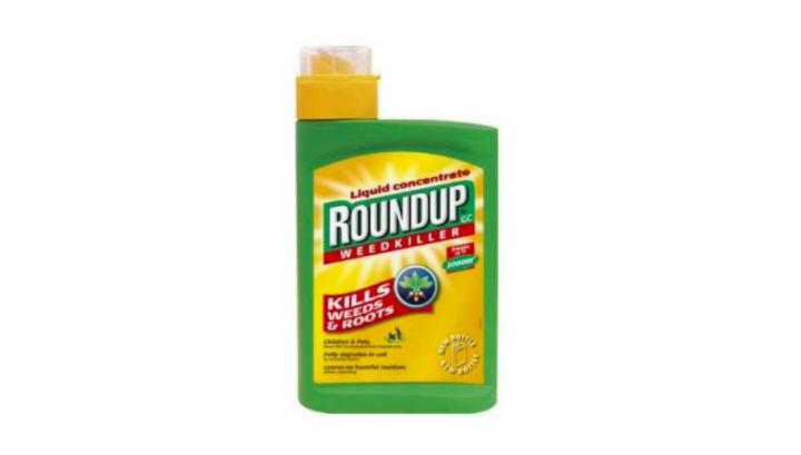 Продукт Roundup является одним из самых продаваемых, но если докажут, что его основной ингредиент ≈ глифосат ≈ является канцерогеном, его могут запретить