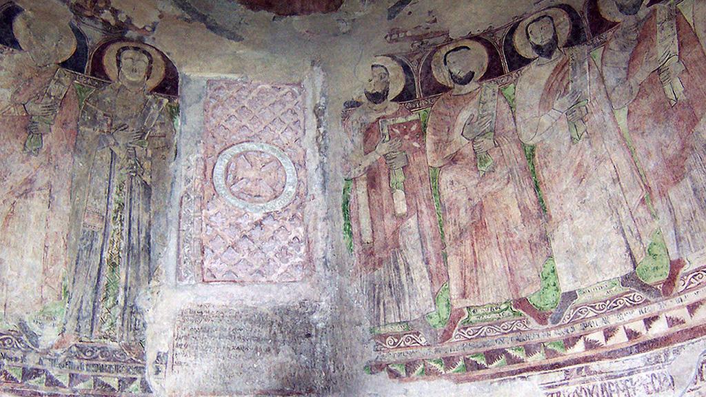 Фрески начала XI века в монастыре архангела Гавриила. Фото: Howard Middleton-Jones / flickr.com