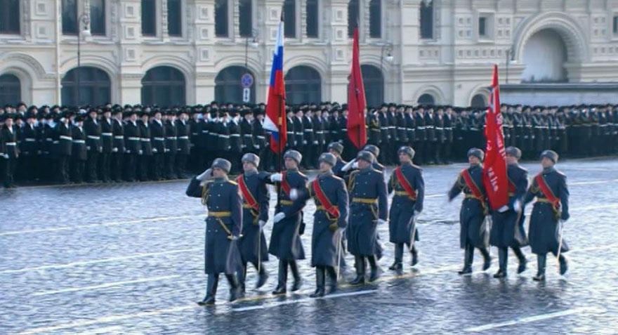 В Москве завершился марш в честь парада 7 ноября 1941 года / Новости культуры / Tvkultura.ru