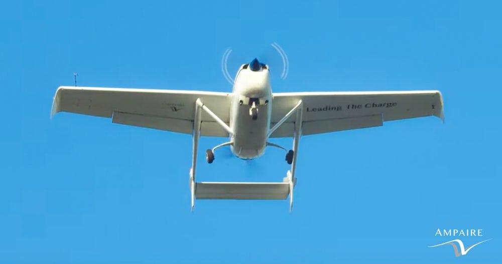 Первый испытательный полёт новинки прошёл успешно.