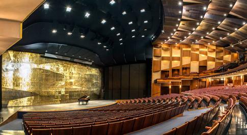 Анна Нетребко и Пласидо Доминго выступят в Большом театре в новом сезоне