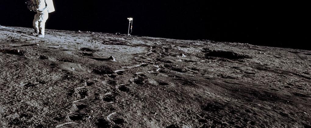 Кто и для чего будет осваивать Луну?