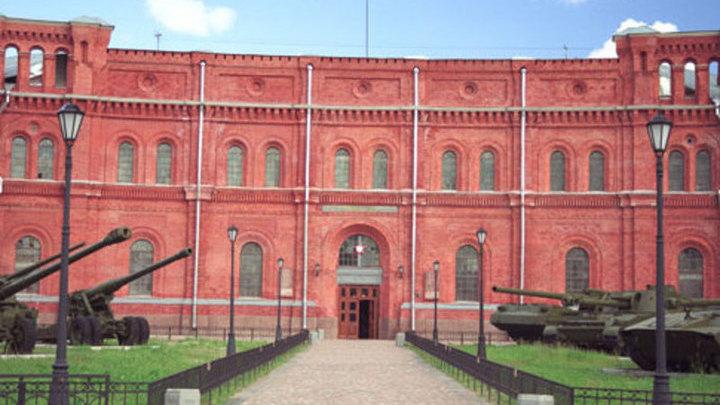 В музее Петербурга открыта выставка, посвященная символике подводного флота