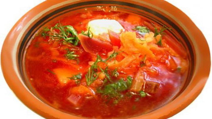 Борщ официально назвали «самым известным русским блюдом»