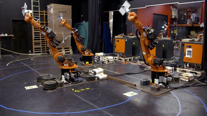 """Развлекать зрителей """"Евровидения"""" будут танцующие роботы"""