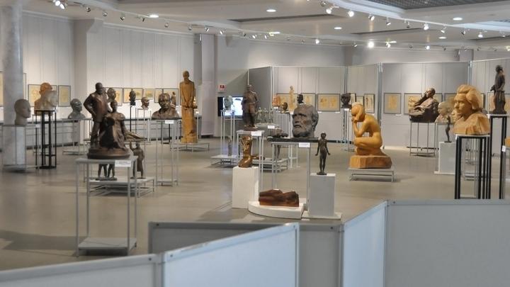 Выставка посвящена 90-летию со дня рождения скульптора Альберта Сергеева / Автор: Фото с сайта Культурно-выставочного центра имени Тенишевых (Смоленск)