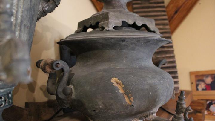 Этот самовар найден во дворе каретного сарая. Теперь - часть домашней коллекции