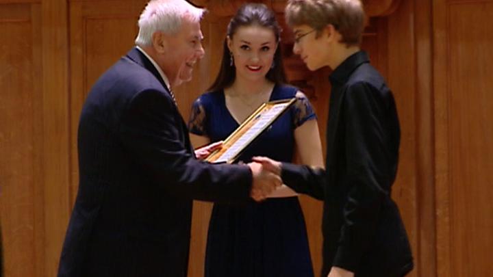 В столице наградили победителей Конкурса юных пианистов имени Шопена