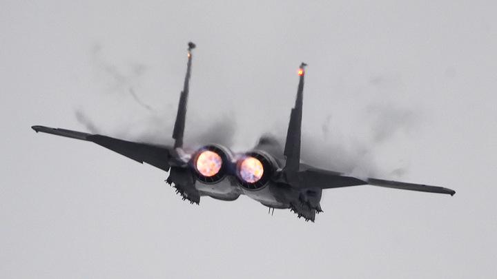 Японские истребители увязались за российскими ракетоносцами