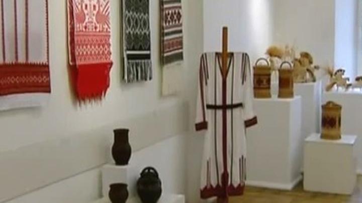 Всероссийская выставка народного искусства представляет произведения 400 мастеров
