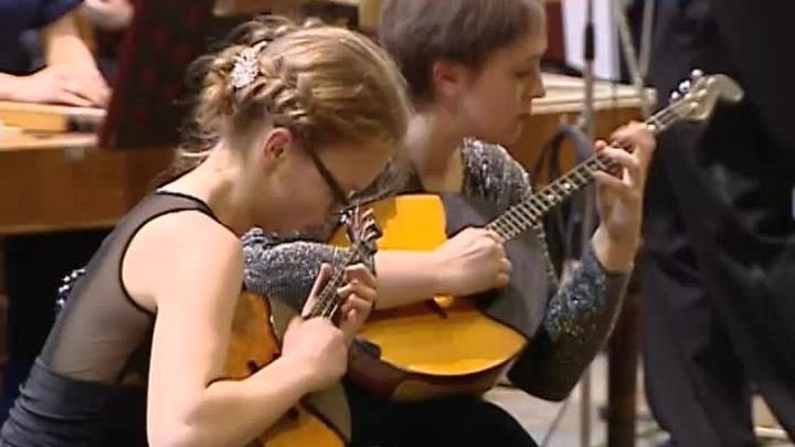 Оркестр народных инструментов имени Некрасова выступил вместе с юными артистами