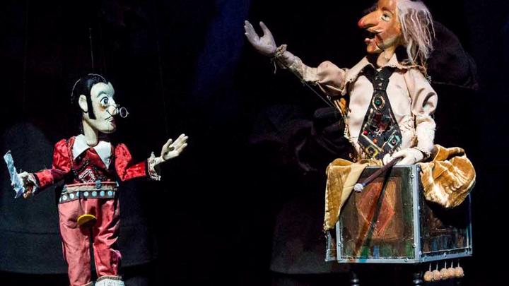 """Фрагмент спектакля """"Рамона"""". Фото с официального сайта Театра марионеток Резо Габриадзе"""