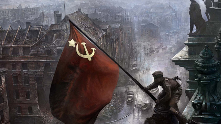 Знамя Победы над поверженным рейхстагом.