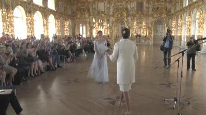 В Екатерининском дворце Царского Села прошел выпускной бал Академии Вагановой