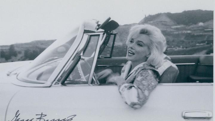 Снимки с последней фотосессии Мэрилин Монро уйдут с молотка