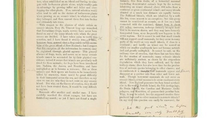 Работа Чарльза Дарвина с его пометками будет впервые выставлена на аукционе