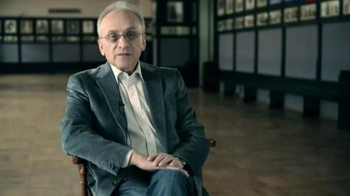 Анатолий Смелянский принимает поздравления с 75-летием