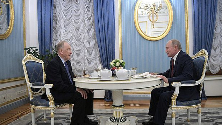Медведев поздравил композитора Родиона Щедрина с85-летием