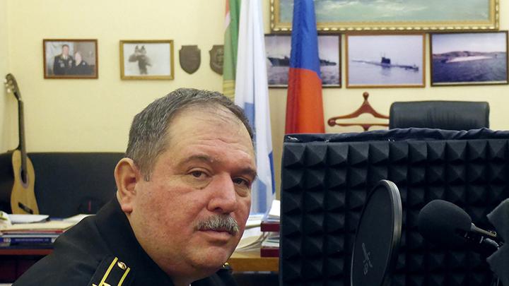 Заместитель начальника Морской академии капитан 1 ранга Михаил Юрченко