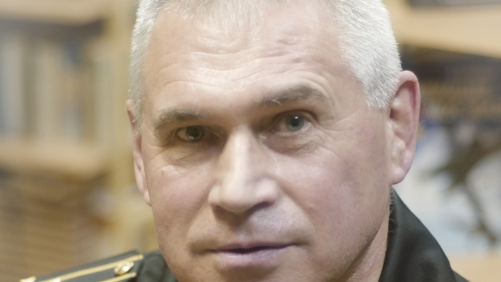 Начальник Кронштадтского морского кадетского военного корпуса капитан 1 ранга Николай Довбешко