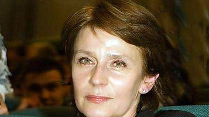 Елена Сафонова получила звание заслуженной артистки России