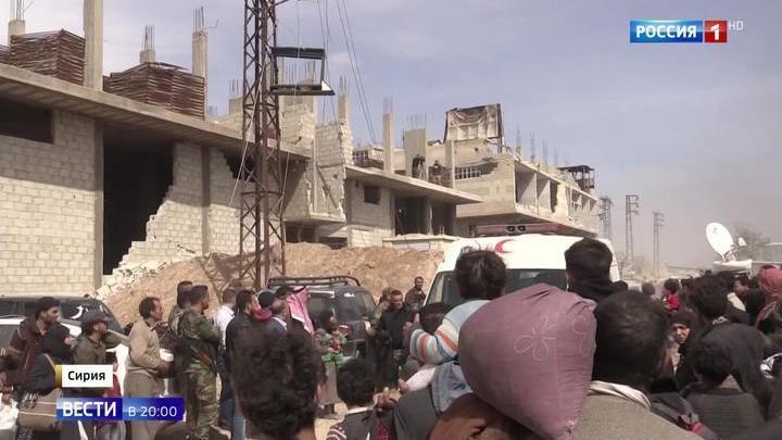 Эвакуация под прицелом террористов: Восточную Гуту покидают жители