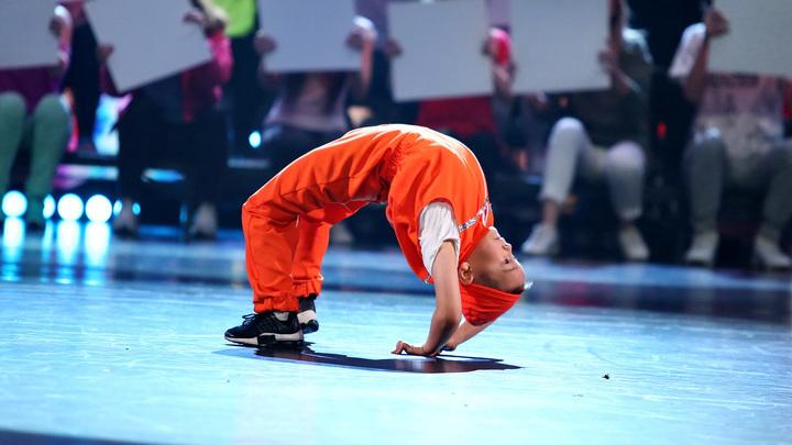 """Лига удивительных людей. B-Boy Малыш Ник (Россия) Направление: брейк-данс Категория """"Ритм улиц"""""""