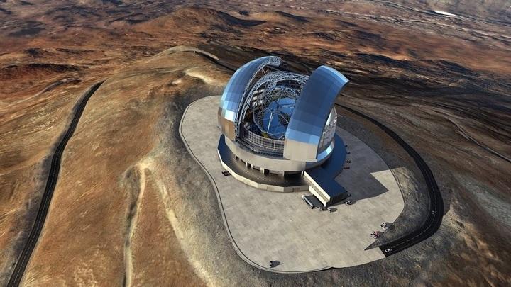 Программа E-ELT принята в 2012 году, а в конце 2014 года было официально объявлено о начале строительства телескопа. Первые наблюдения запланированы на 2024 год.