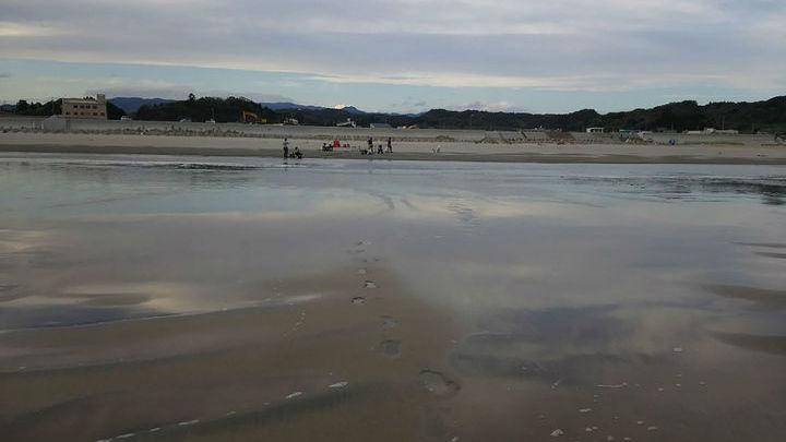 Радиоактивный цезий таился в грунтовых водах под пляжами.