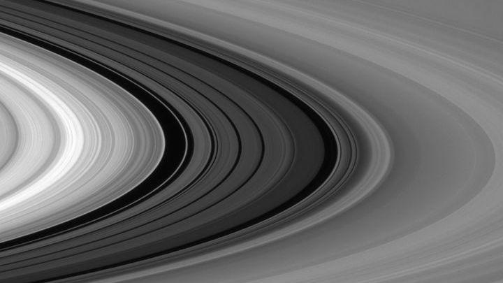 Кольца Сатурна состоят в основном из льда. Но, как выяснилось, есть там и органика.