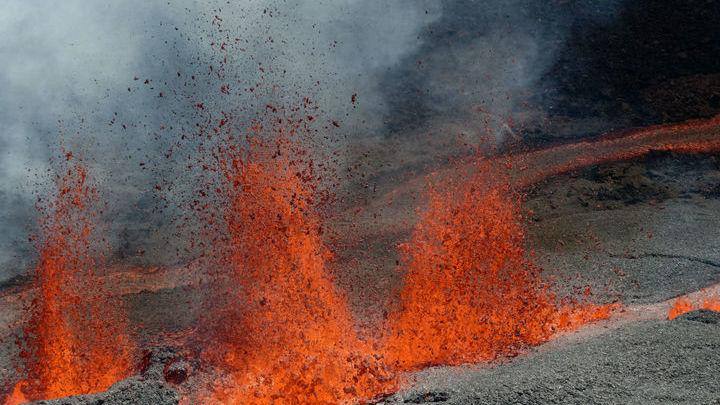Анализ пород показал, что движение грунта начиналось до извержения, а не после.