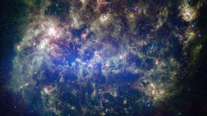 Наблюдения небольших галактик могут предоставить важную информацию о тёмной материи. На фото Большое Магелланово Облако √ спутник Млечного Пути.