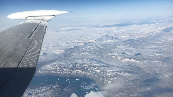 Исследователи также надеются найти подо льдом новые водоёмы.
