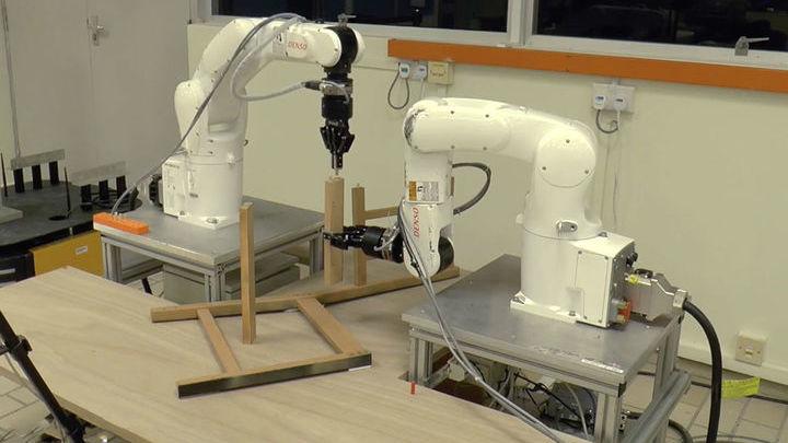 В будущем разработчики планируют подключить к системе искусственный интеллект для большей автономии роботов.