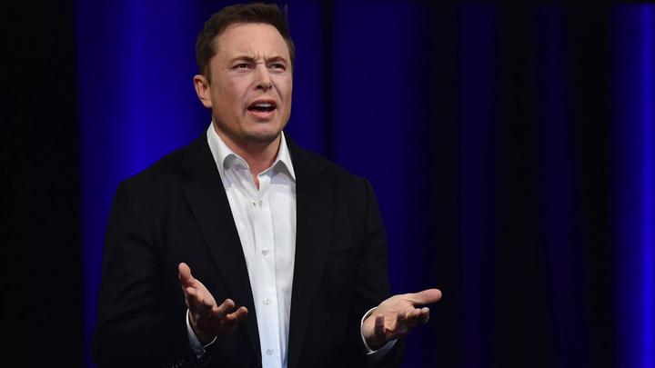 Илон Маск заплатит $40 миллионов и уйдет с поста главы совета директоров Tesla